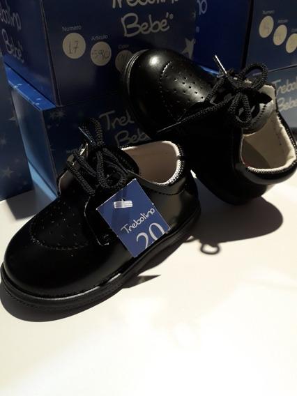 Zapato Charol Negro C Cordones Bebe Talle 20