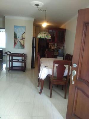 Apartamento En Venta En La Zona De Villa Aura
