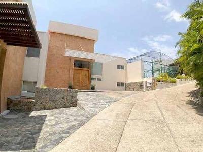 Cad Real Diamante Villas Del Sol 4-1. Alberca Privada