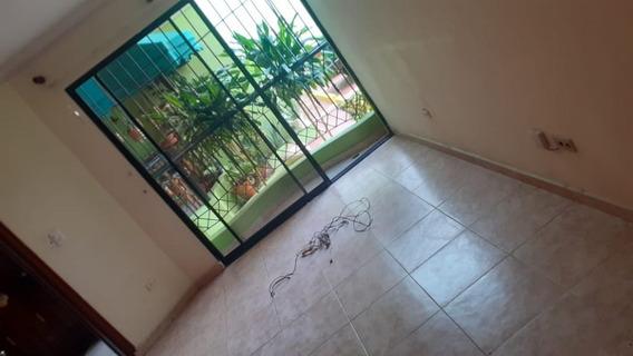 Apartamento En Los Prados 1er Piso