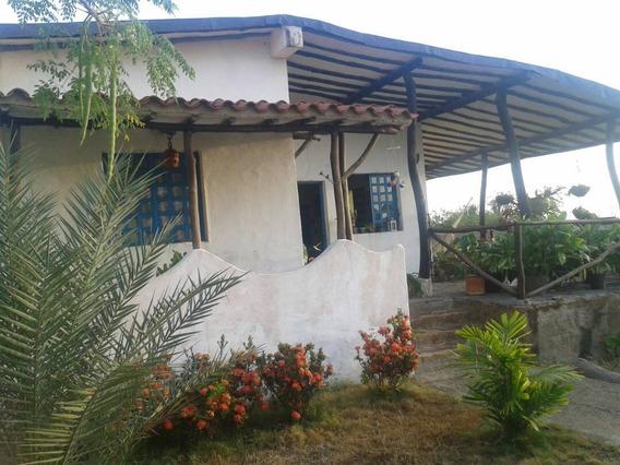 Vendo Casa Rústica Tipo Chana, Cerca De Playa El Agua