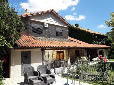 Casa De 5 Ambientes Con Dep, Jardin Y Pileta - Vicente Lopez San Isidro
