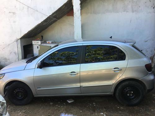 Imagem 1 de 4 de Volkswagen Gol 2011 1.6 Vht Total Flex 5p