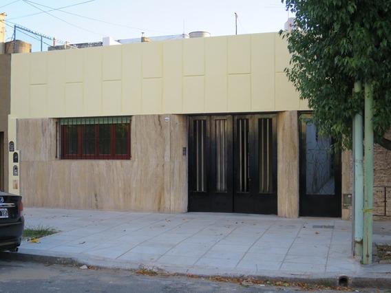 Excelente Casa Tipo Ph Con Garaje, Floresta, Capital Federal