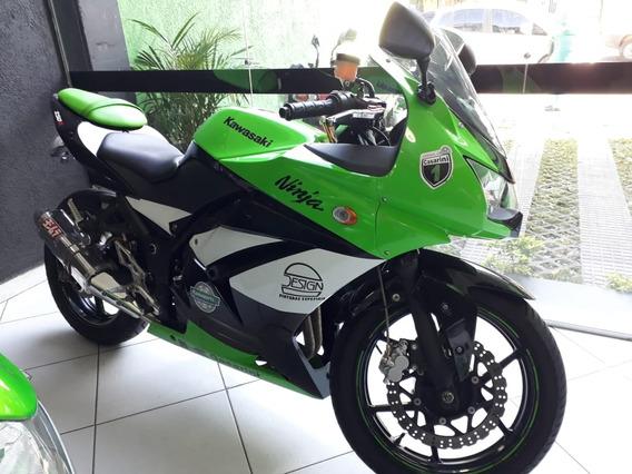 Kawasaki Ninja 250 R 2009 ( Todinha Equipada )