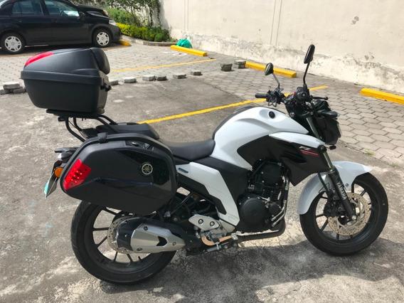 Yamaha Fz25, Blanco