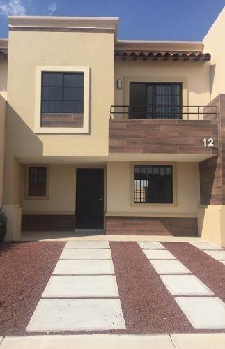 Casa En Residencial Con Alberca A Solo 30 Min De La Cdmx