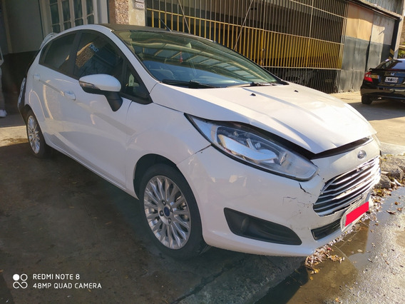 Chocado Ford Fiesta Automatico