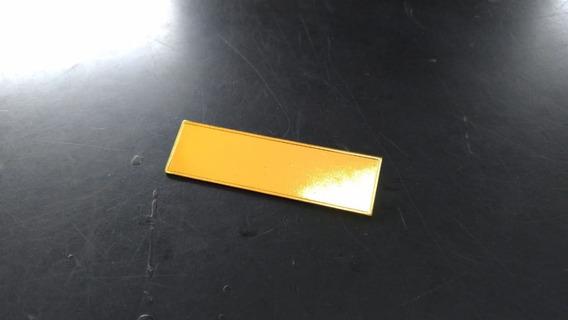 Tarjeta Placa Identificação Dourada Com Fecho Tipo Alfinete