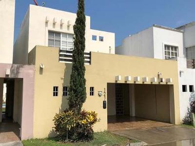 Casa En Venta En Villas Nautico Residencial Altamira