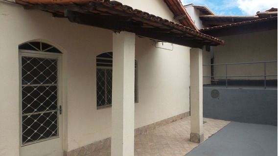 Casa Com 3 Quartos Para Alugar No Santa Mônica Em Belo Horizonte/mg - 1775
