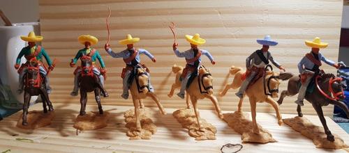Timpo Toys Mexicanos Montados Made In England 1970