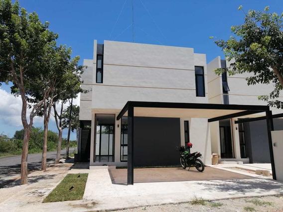 Casa Nueva De 2 Recamaras Al Norte De Mérida Con Garage
