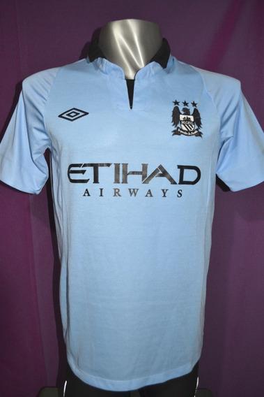 Camiseta Manchester City, Umbro 2013. Talle M