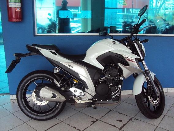 Yamaha Fazer 250 Com Abs Modelo 2019 Branca Semi Nova.