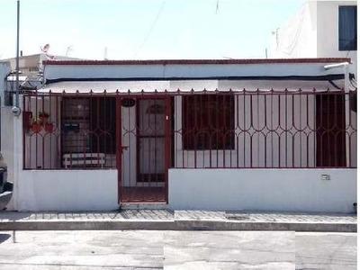 Casa Sola En Renta En Las Puentes Sector 15, San Nicolás De Los Garza, Nuevo León