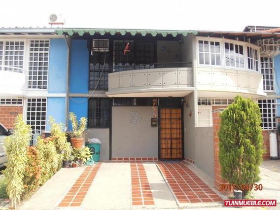 Maria Jose 17-6382 Townhouses En Venta Nueva Casarapa