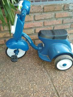 Triciclo A Pedal, Modelo Vespita. Con Sonido Y Luces.