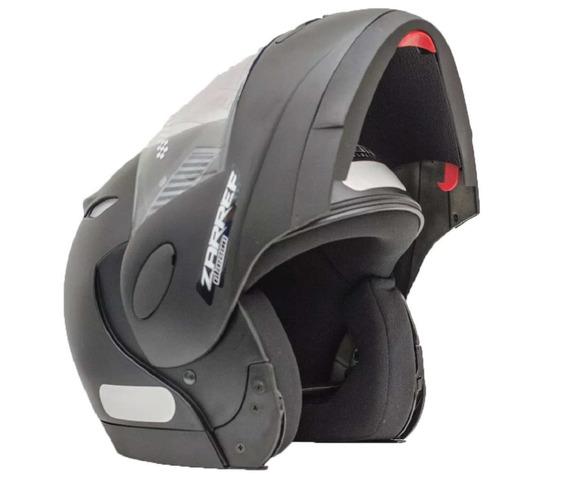 Capacete Taurus Zarref Preto Fosco Articulado / Robocop