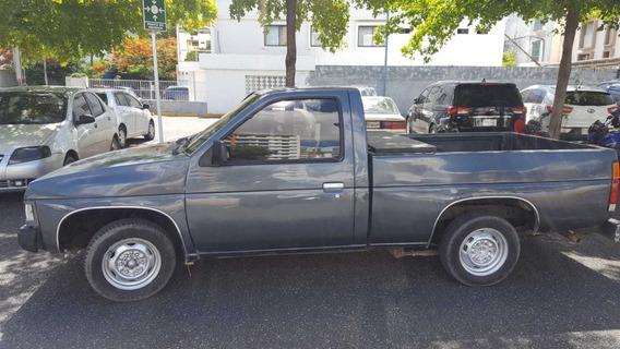 Camioneta Nissa 1988 Americana