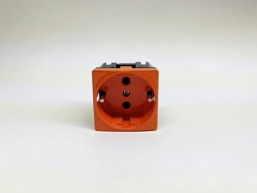 Contacto Europeo Shukco Pared 2 Polos + T Naranja Con Placa