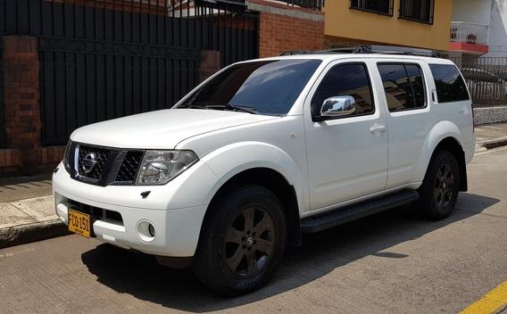 Nissan Pathfinder Pathfinder Le 4x4