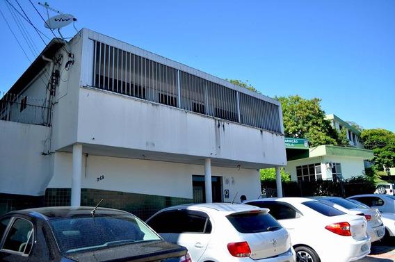 Casa C/ 640m² E 8 Vgs De Estacionamento! - 29311
