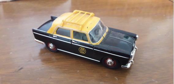2 Taxis De Buenos Aires Renault 12 Y Peugeot 404 1/43