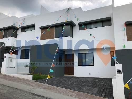 Casa Nueva En Renta En Corregidora En Punta Esmeralda