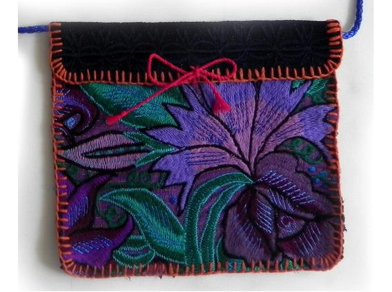 Bolsa En Bordado De Flores Artesanal Chiapaneco, Mod. #6