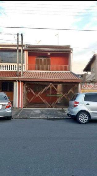 Sobrado Com 4 Dormitórios Para Alugar, 220 M² Por R$ 1.000/mês - Parque Aeroporto - Taubaté/sp - So0577