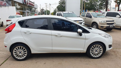 Ford Fiesta Kinetic Design 1.6 5p Se 2015