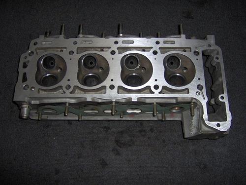 Cabezote Mercedes Benz M102 2.0l W201 W124 W123 Usado
