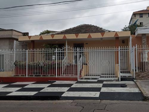 Casa / 4 Alcobas / Las Delicias