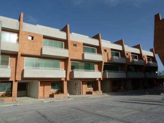 Townhouse 3 Habitaciones Y 3 Ambientes