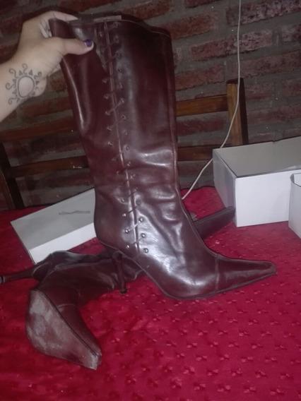 Botas De Cuero Marrones Numero 37/38 Con Poco Uso