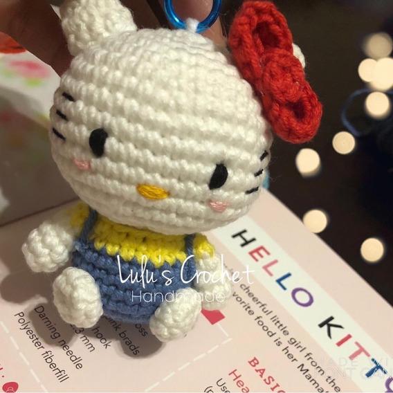 Hello Kitty tejida a crochet (amigurumi) Parte 3: brazos - YouTube | 568x568