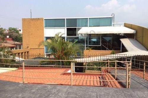 Excelente Propiedad Al Norte De La Ciudad Ideal Para Gimnasio, Centro De Yoga O Escuela - Clave 734sc