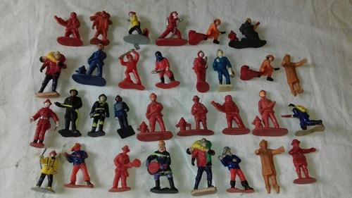 Lote 31 Bomberos Soldaditos Miniatura 5 Y Cm Alto Goma Y Pla