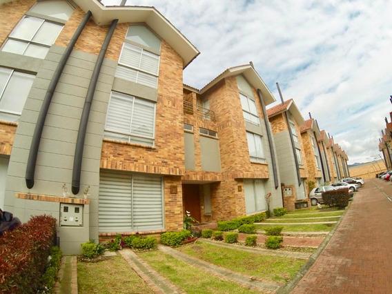Casa En Arriendo En Sabana Centro Mls 20-361 Fr Chia