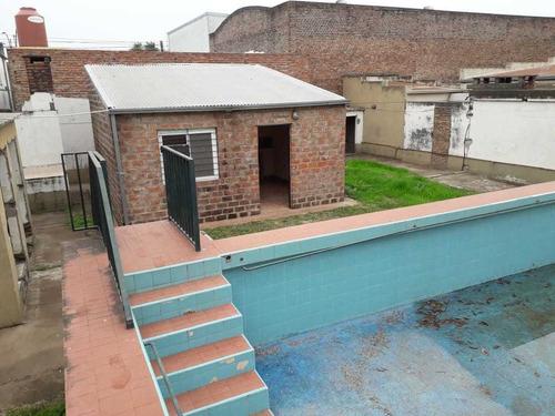 Inmobiliaria Vende / Roque Saenz Peña 7200