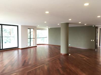 Apartamento En Venta. Rosales, Bogotá.