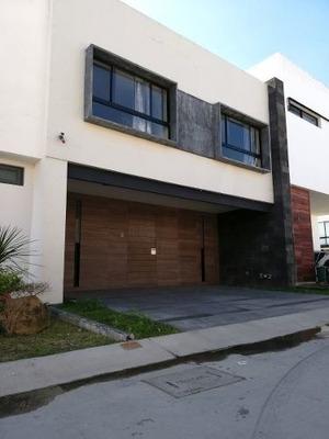 Casa Renta / Venta, Punto Sur Residencial
