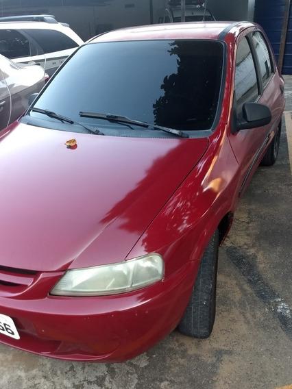 Celta 2004 4p Basico Vermelho