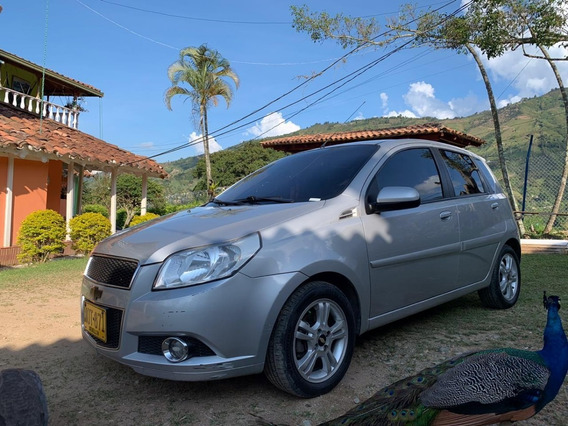 Chevrolet Aveo Five Emotion 2010 Perfecto Estado