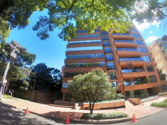 Apartamento Majestuoso En Venta La Cabrera Mls 20-483