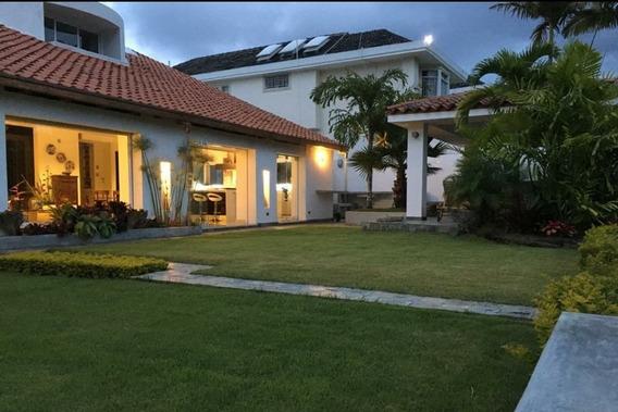 Espectacular Casa Lomas Del Mirador