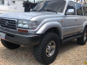 Toyota Burbuja Xv
