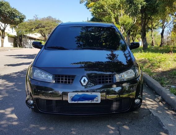 Renault / Megane Sedan 2.0 Extreme