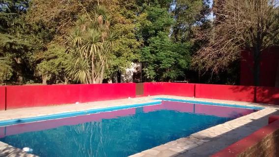 Quinta Arturo Con Pileta De 10x5 - 7 Ambientes - Cercada